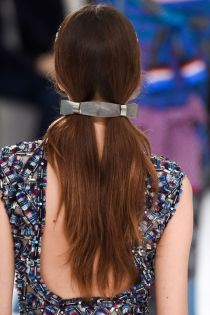 hbz-ss2016-beauty-trends-pigtails-chanel-clp-m-rs16-3118