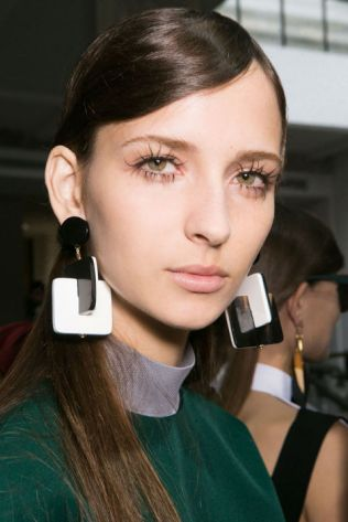 hbz-ss2016-trends-makeup-lashes-marni-bks-a-rs16-3757