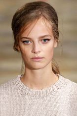hbz-ss2016-trends-makeup-liner-gettyimages-488447554