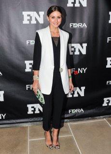 Olivia-Palermo-Footwear-News-Achievement-Awards