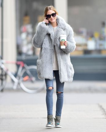olivia-palermo-in-a-fur-coat-out-for-coffee-in-bew-york-01-15-2016_4
