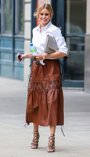 olivia-palermo-white-ann-taylor-shirt-leather-skirt-main
