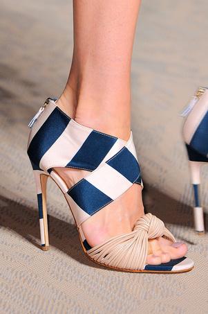 zapatos_y_sandalias_primavera_verano_2015_433358899_301x
