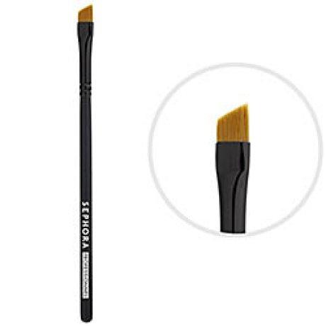 11_eyeliner-brush1