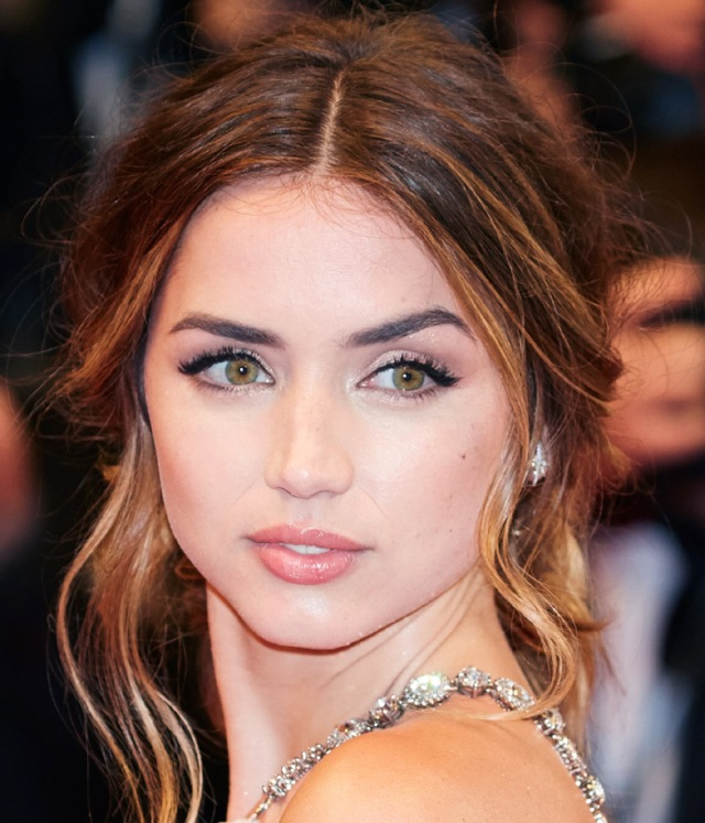 ana-de-armas-getty7--a