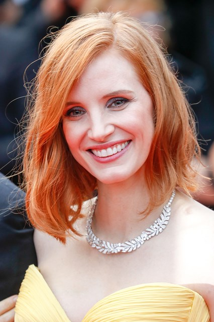 jessica-chastain-glamour-12may16-getty-b_426x639